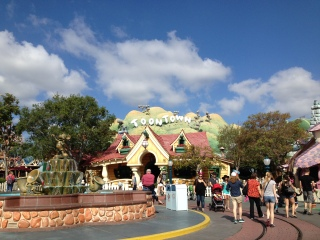 Toontown to meet Mickey!